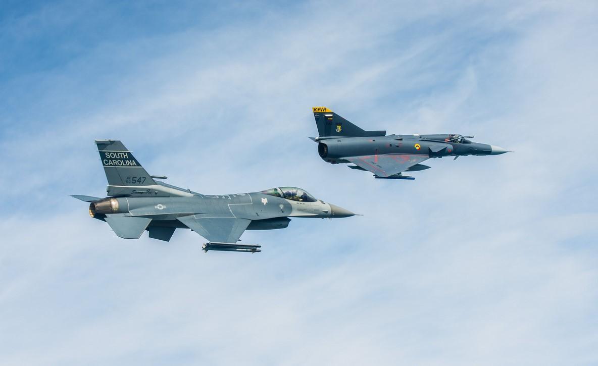 Etats-Unis: Nouvelle offre de F-16 à la Colombie