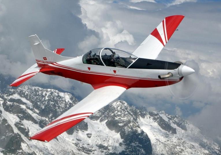 Inde: L'IAF à la recherche d'appareils d'entraînement et de pilotes
