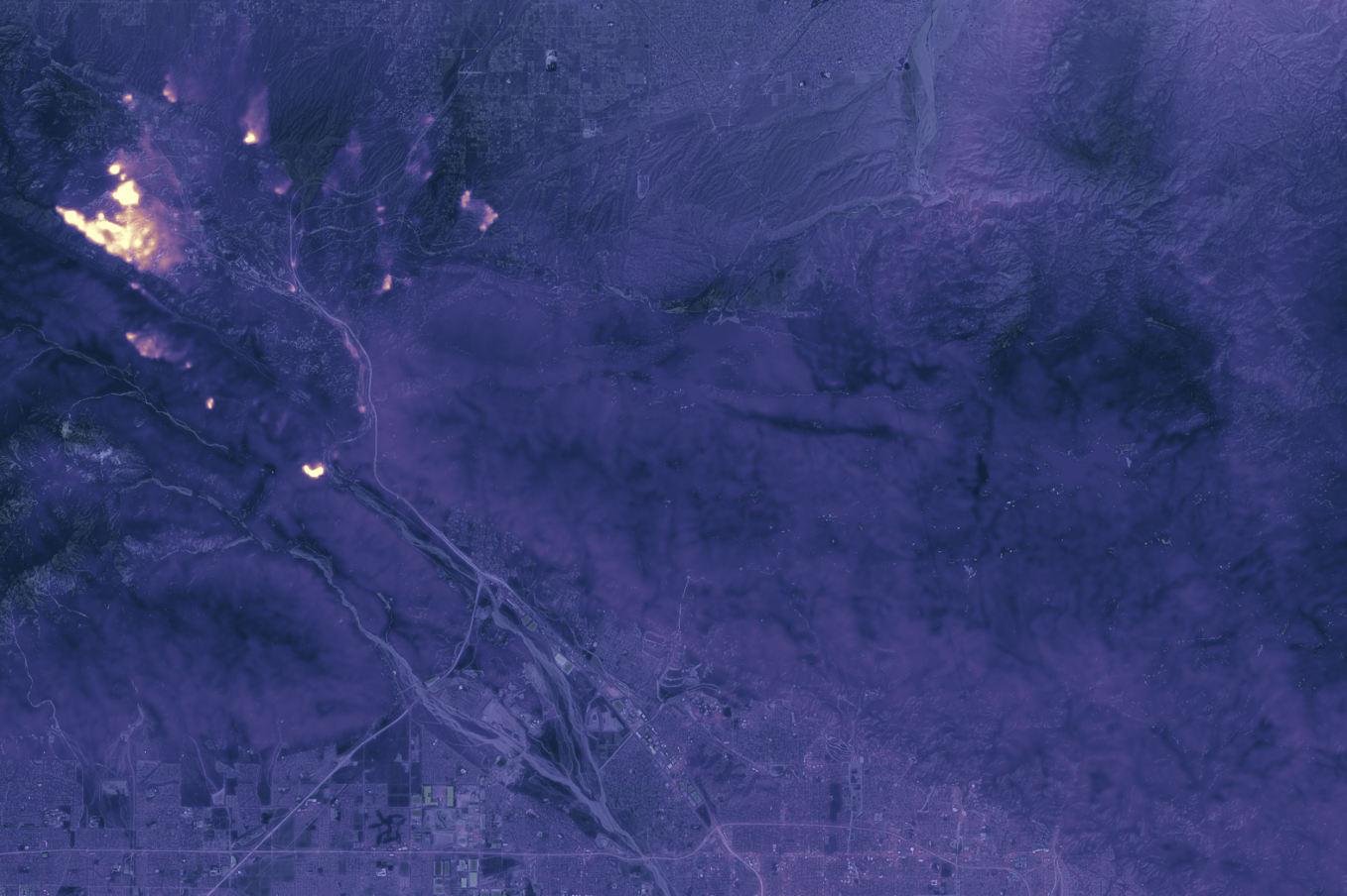 L'incendie Blue Cut vu de l'espace