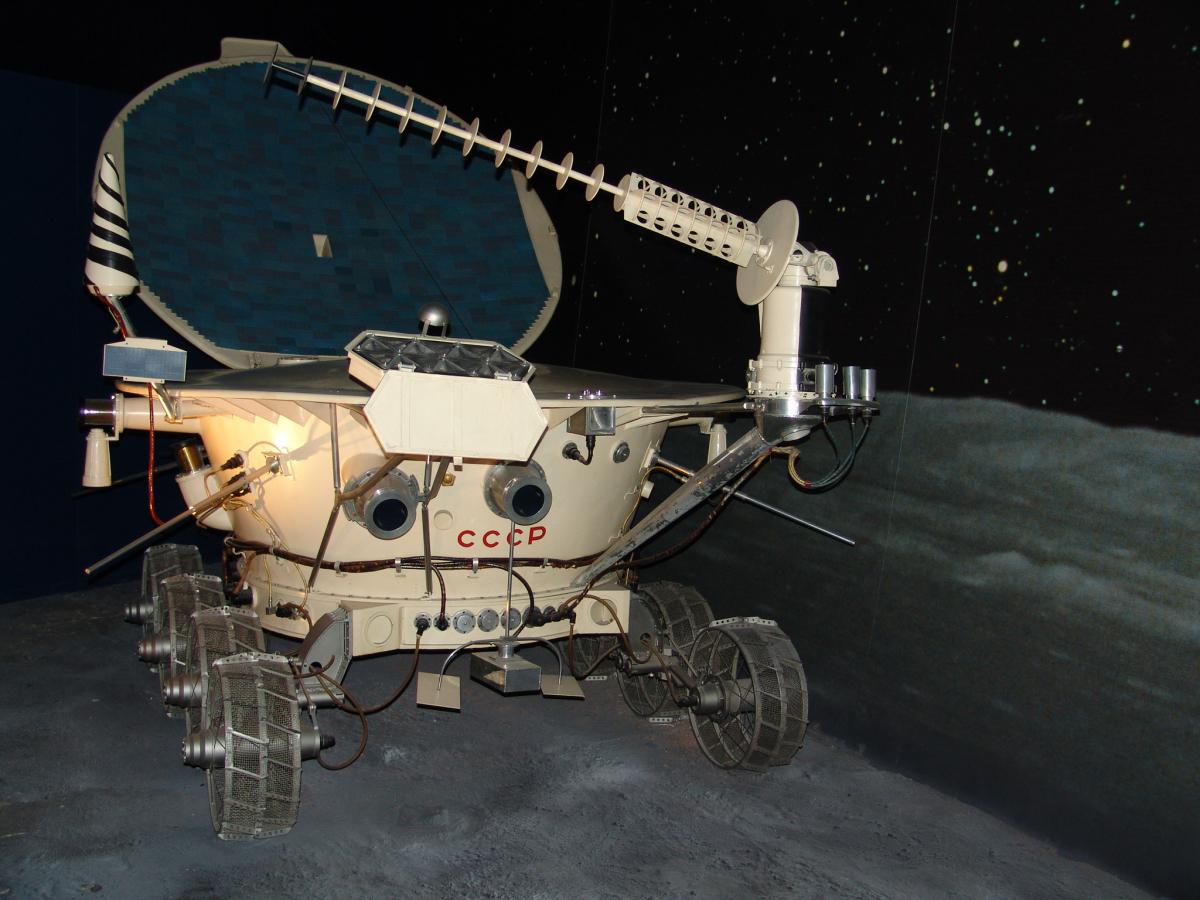Il y a 50 ans, on a roulé sur la Lune