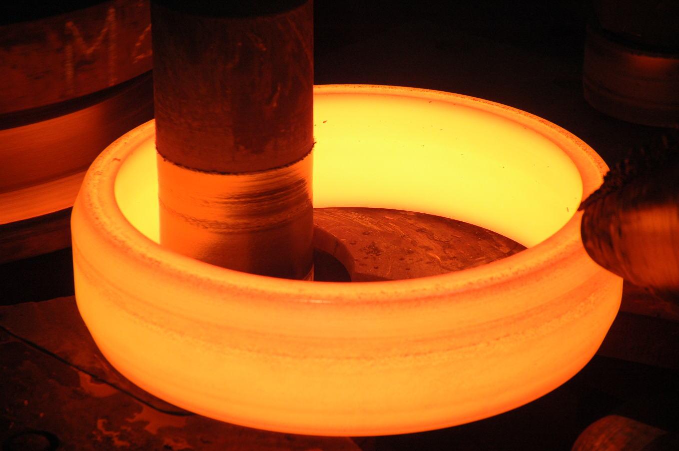 Cefival et Ruspolymet s'allient dans les anneaux réacteurs