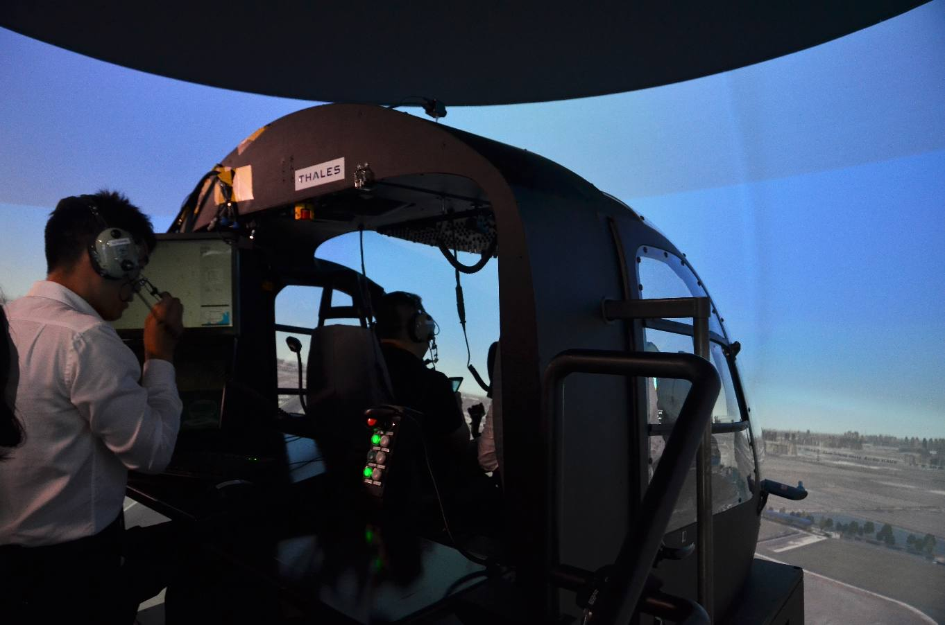 Chinese qualification for Thales EC135 simulator