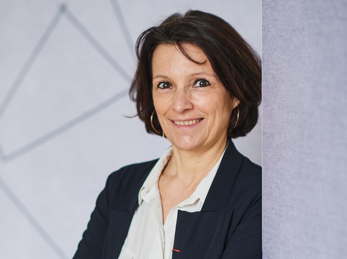 Hélène Moreau-Leroy aux commandes de Hutchinson