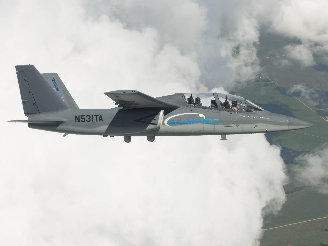 Bourget 2015: Intégration du radar I-master sur le Scorpion