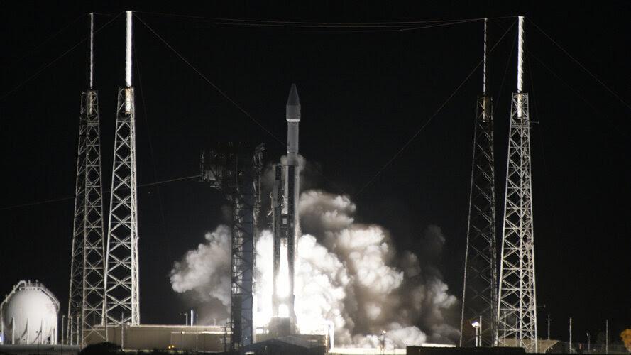 La sonde européenne Solar Orbiter en route vers le Soleil