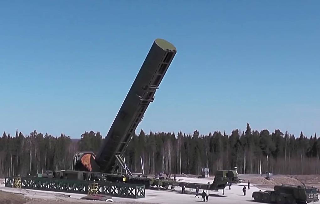 Russie: Entrée en service du nouveau missile ICBM Sarmat fin 2022 ?