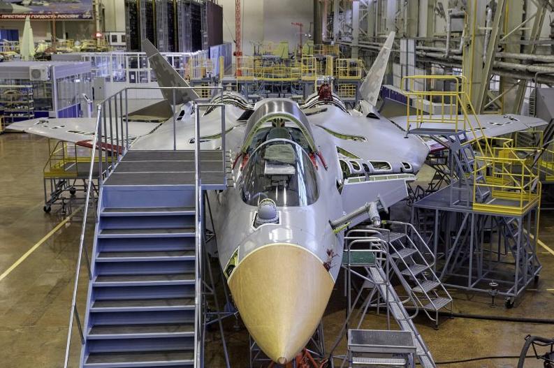 Un premier Su-57 de série réceptionné en décembre 2020