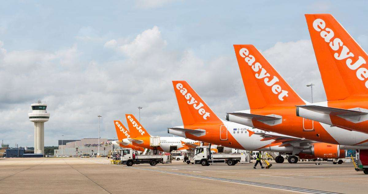 EasyJet connects with Singapore Airlines, Scoot