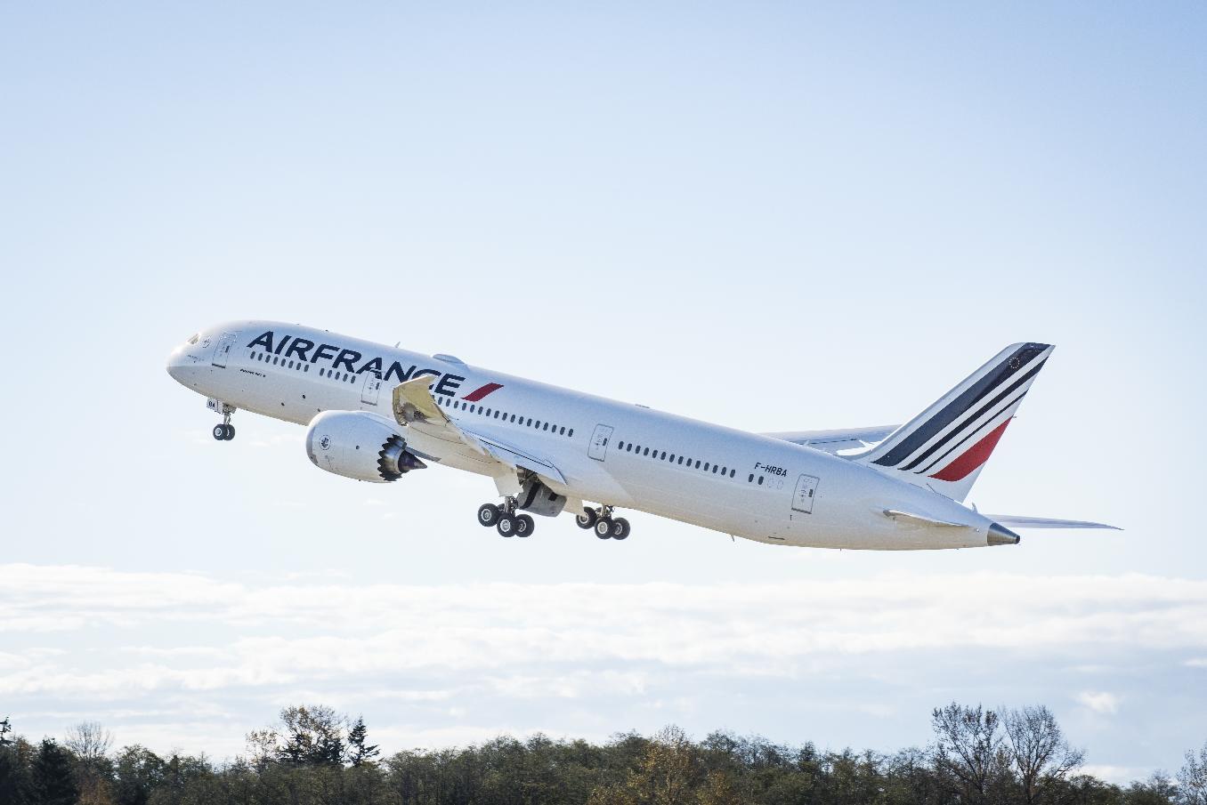 Air France reçoit son premier Boeing 787