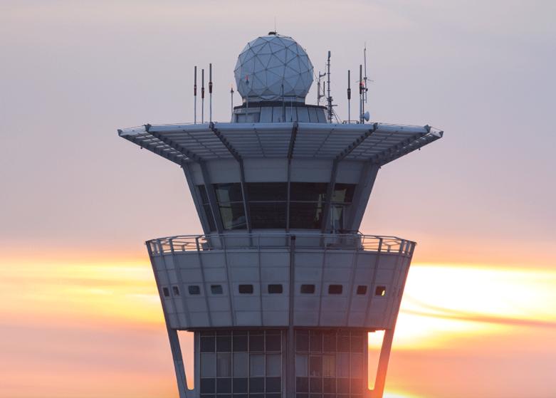 Comment devenir contrôleur aérien ?