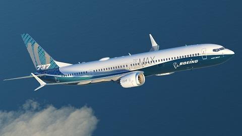 Bourget 2017 : Pluie de commandes finalisées pour le 737 MAX 10
