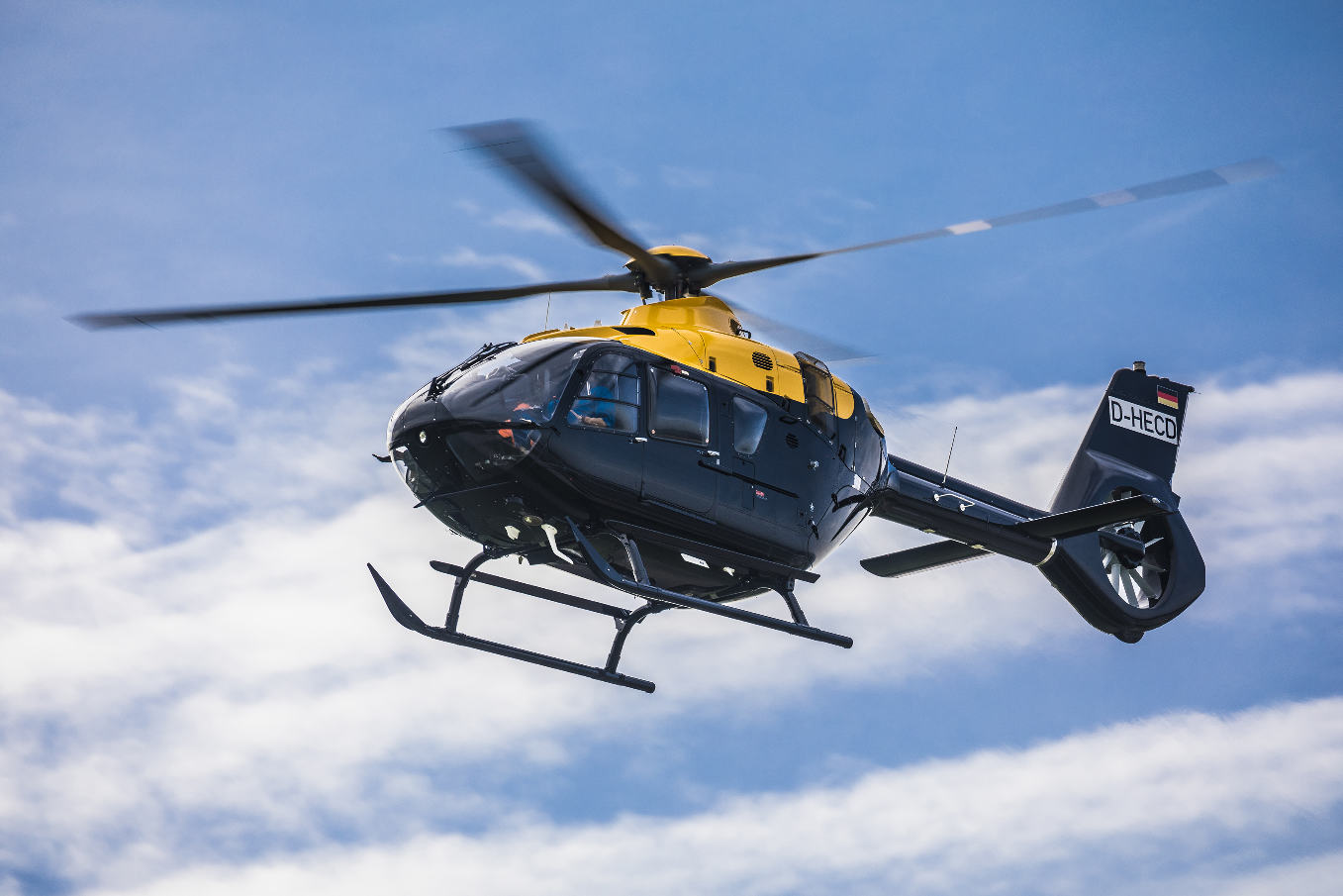 Airbus Helicopters livre son 1 300e H135