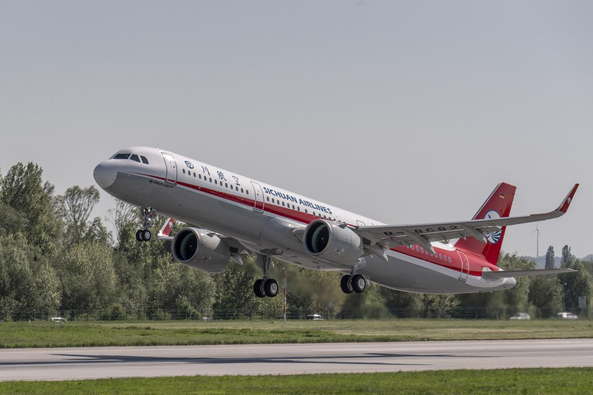 Pratt & Whitney célèbre le millième avion motorisé par son turboréacteur GTF