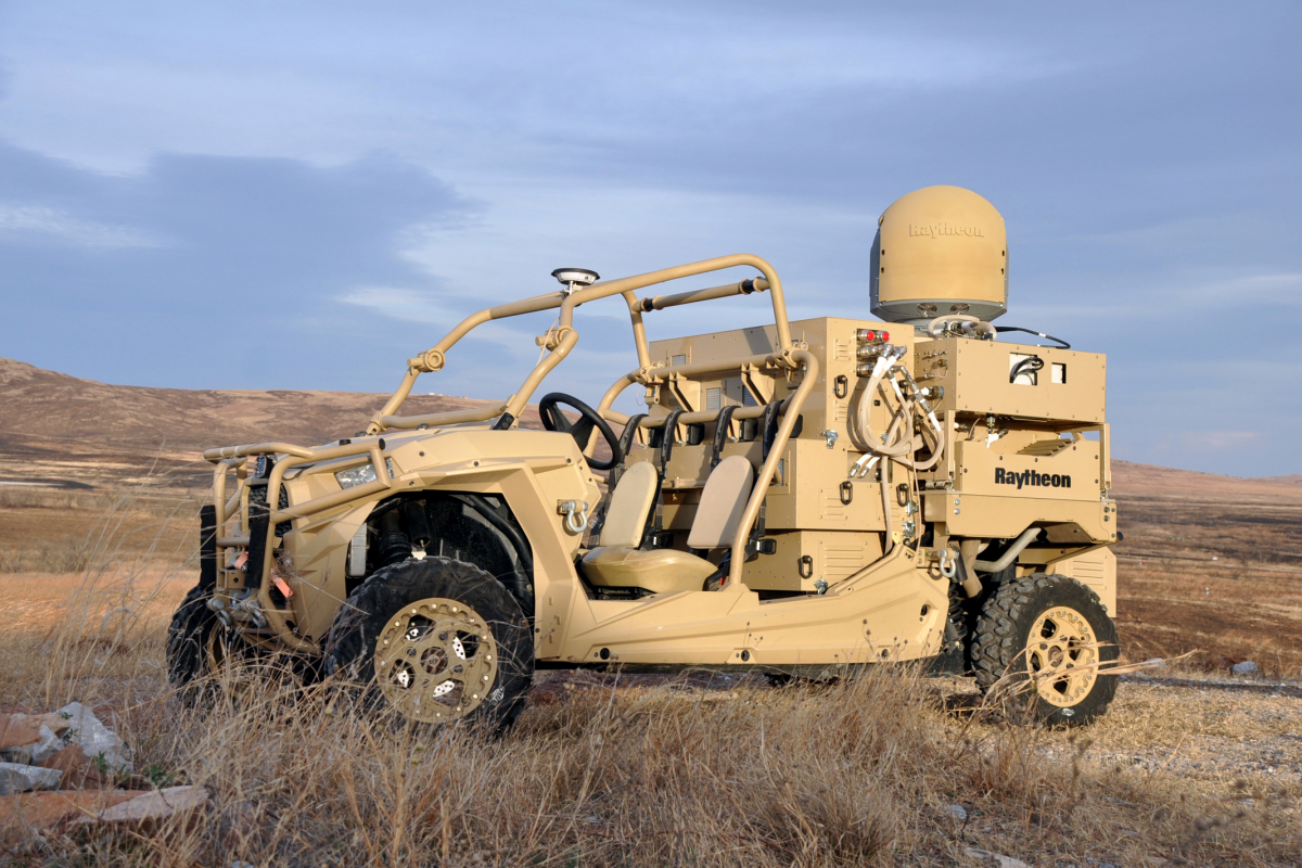 Anti-drones: Raytheon livre son premier système laser