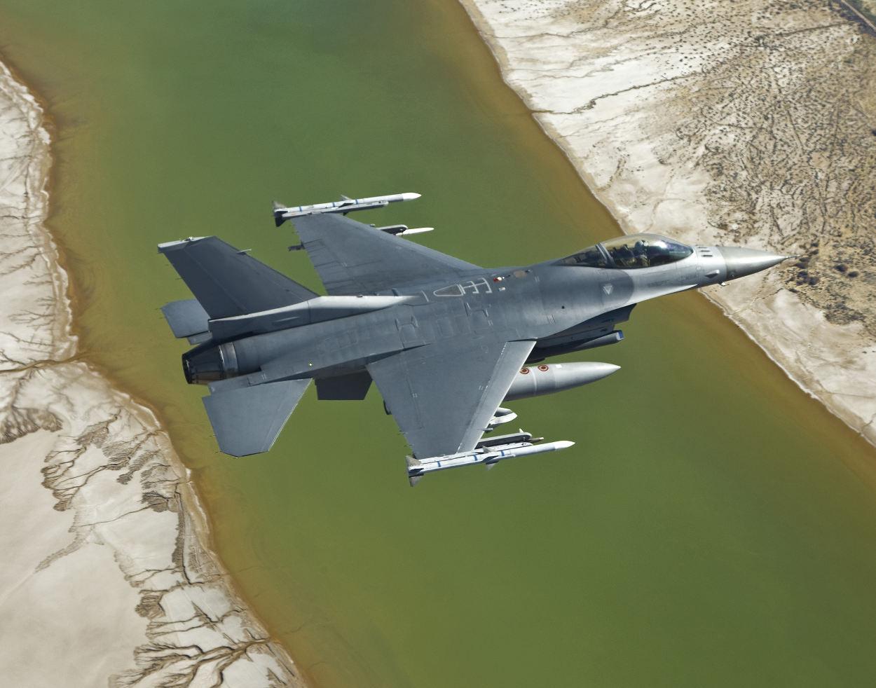Bahreïn commande des pods Sniper à Lockheed Martin