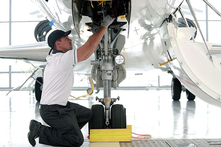 Comment devenir mécanicien aéronautique ?