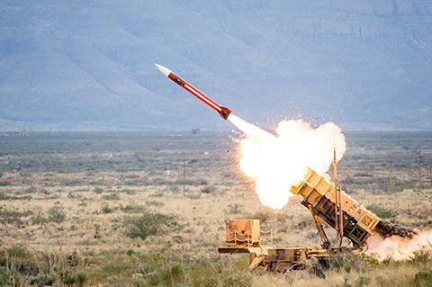 Raytheon produira le système Patriot pour la Roumanie