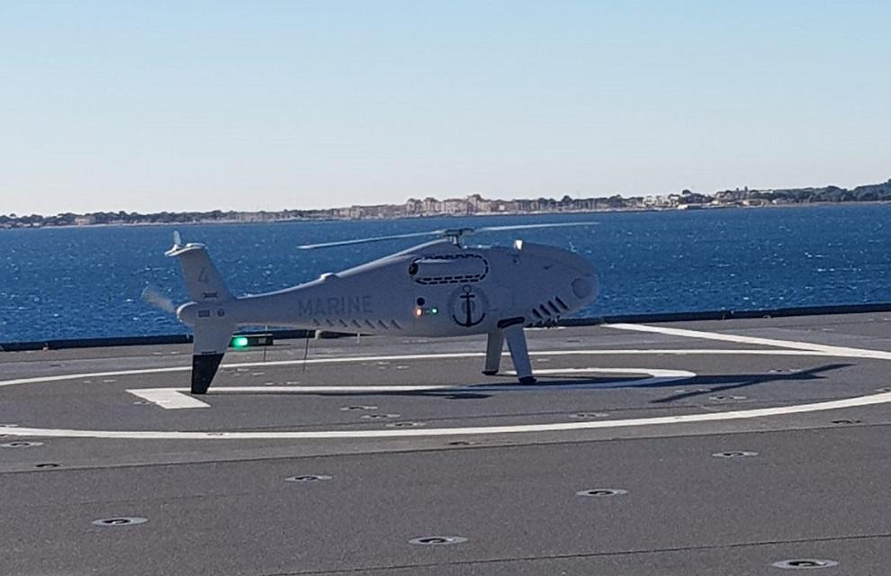 Un deuxième drone Camcopter S-100 à bord du BPC Dixmude