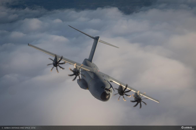 Une livraison humanitaire pour le dernier A400M malaisien