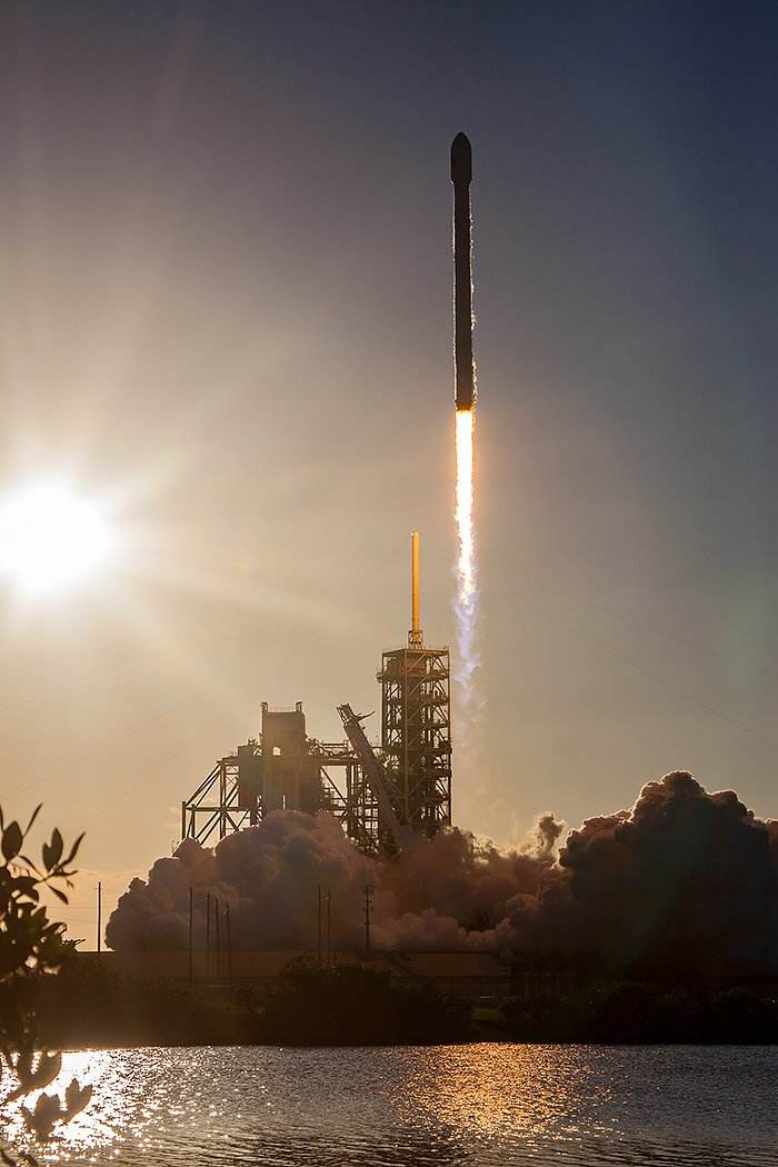 Falcon 9 a finalement décollé