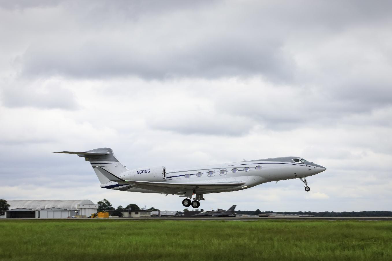 Le cinquième et dernier Gulfstream G600 d'essais en vol a décollé