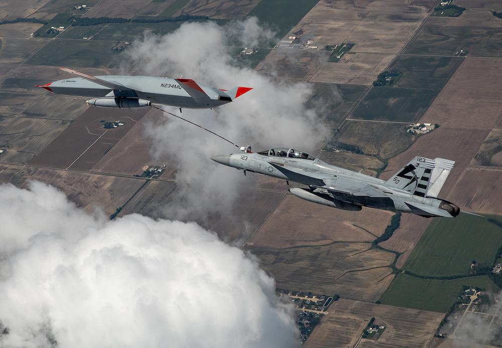 US Navy: Premier ravitaillement en vol réussi pour le drone MQ-25