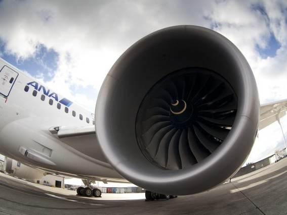 La production du Boeing 787 restera à 12 par mois
