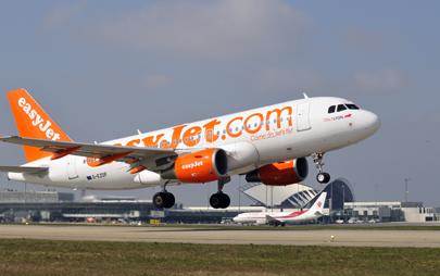 Easyjet annonce un plan de recrutement de 1200 PNC