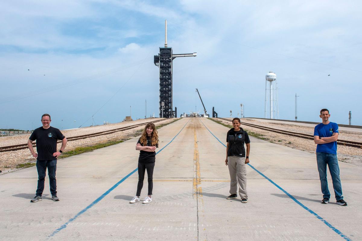 SpaceX présente son premier équipage privé