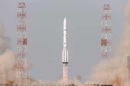 Un Proton d'ILS place sur orbite deux charges utiles commerciales