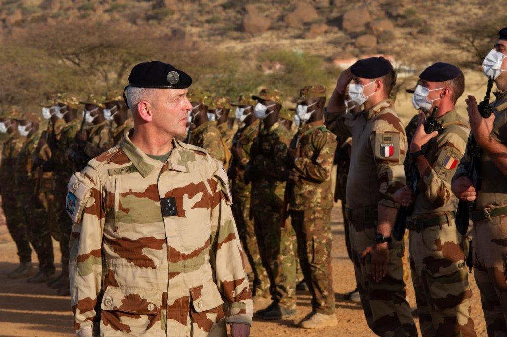 Forces Armées : quelles successions en 2021 ?