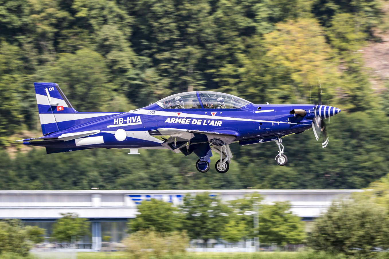 Future French AF trainer makes first flight