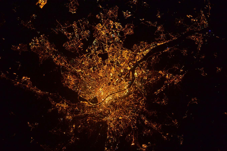 La Terre dans l'oeil de Thomas Pesquet #22 : Lyon la nuit