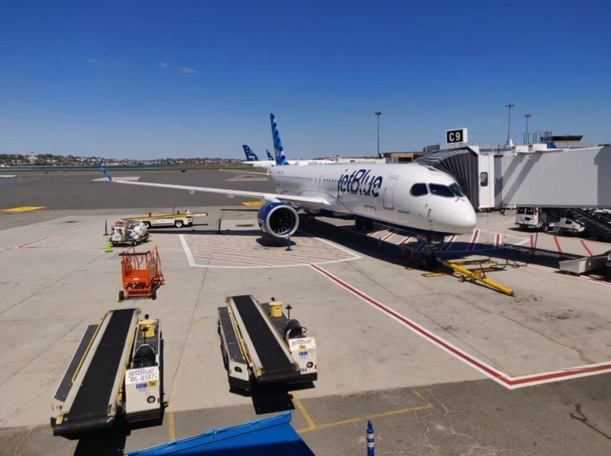 JetBlue met en service son premier Airbus A220-300