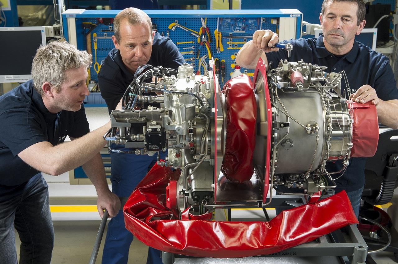 Bell a reçu son premier Turbomeca Arrius 2R pour le Jet Ranger X