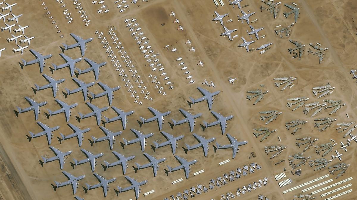 Pléiades Neo 3 observe le plus grand cimetière d'avions militaires
