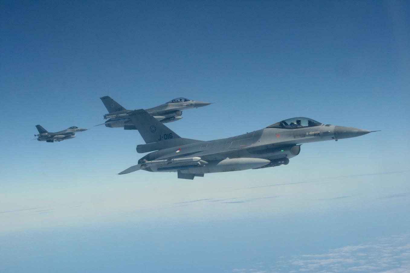 La Turquie veut acheter 40 chasseurs F-16 et en moderniser 80 autres