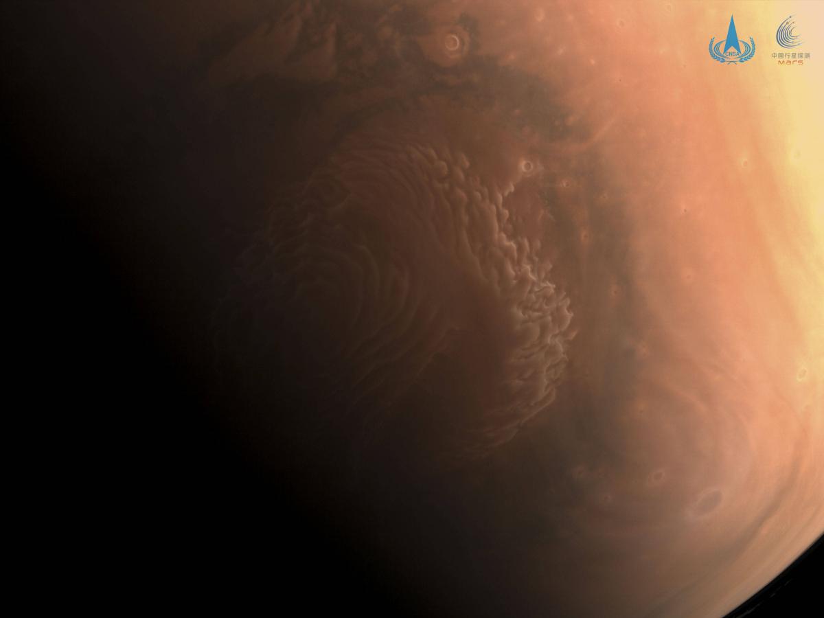 Tianwen 1 autour de Mars : la sonde chinoise ne perd pas le Nord