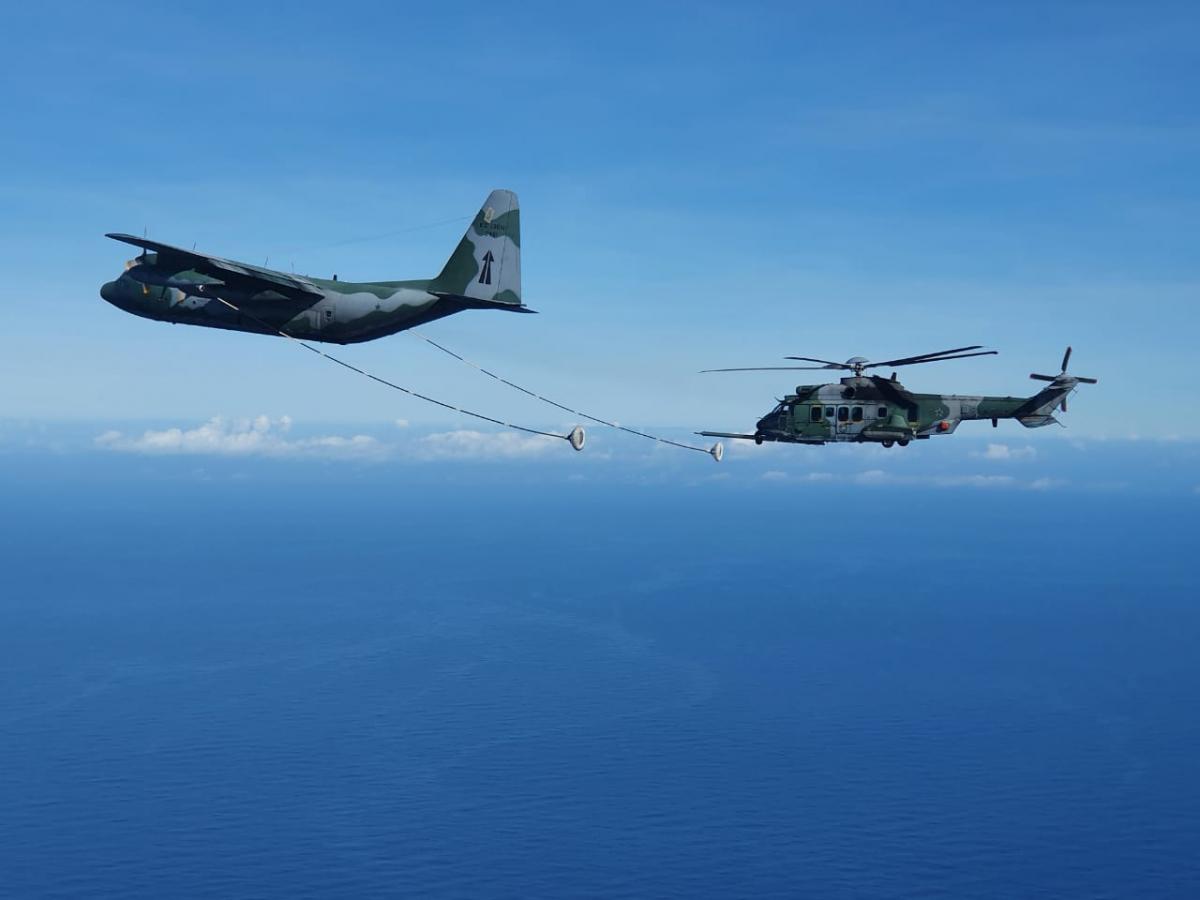 Fin des essais de ravitaillement en vol pour les Caracal brésiliens