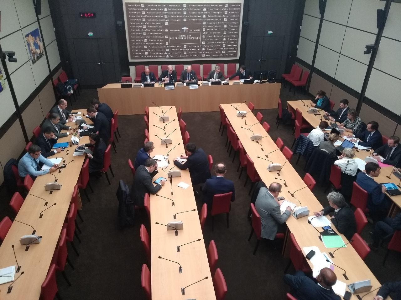 Le président du Cnes Jean-Yves Le Gall à l'Assemblée