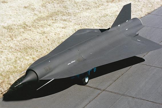 Guerre du futur : la seconde vie du drone supersonique D-21
