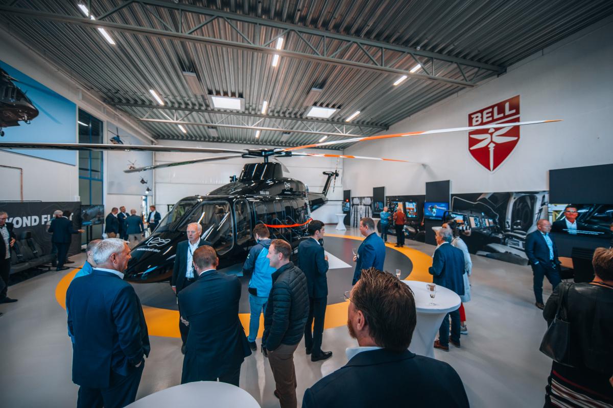 Bell inaugure son centre d'expérience 525 en Norvège