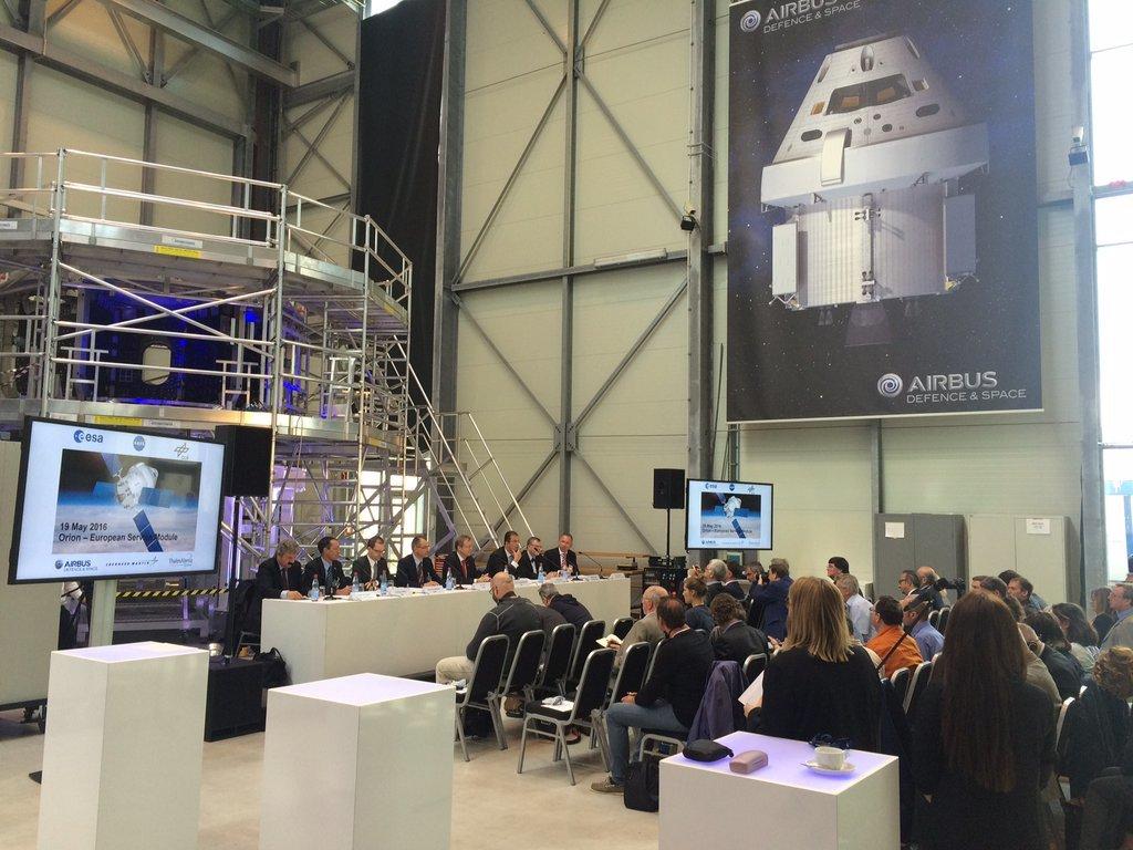 L'intégration du module ESM-1 va démarrer