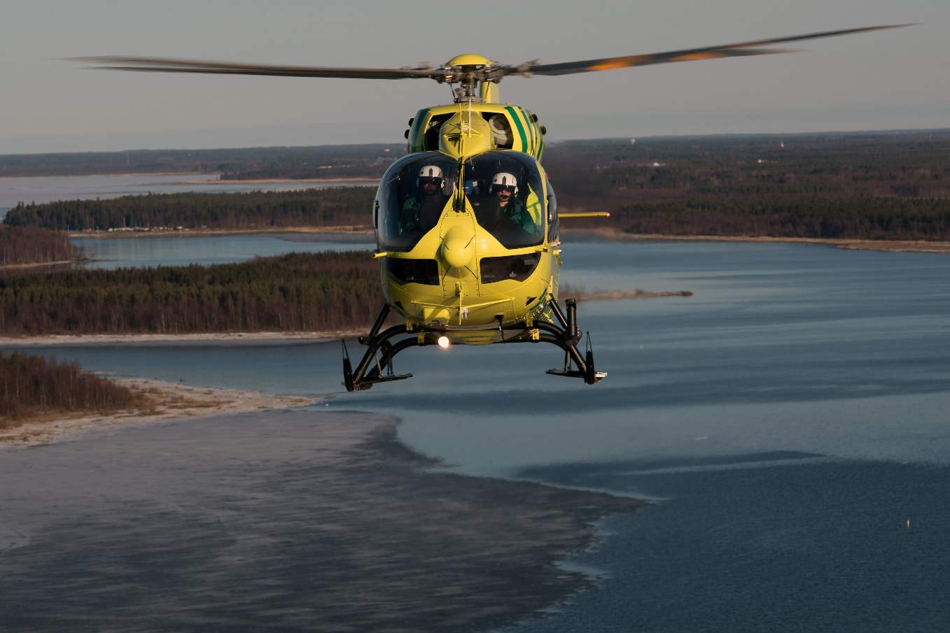 Philippine Coast Guard orders Airbus Helicopters H145