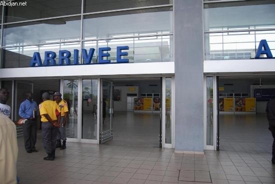 La Côte d'Ivoire réduit et supprime des taxes aéroportuaires