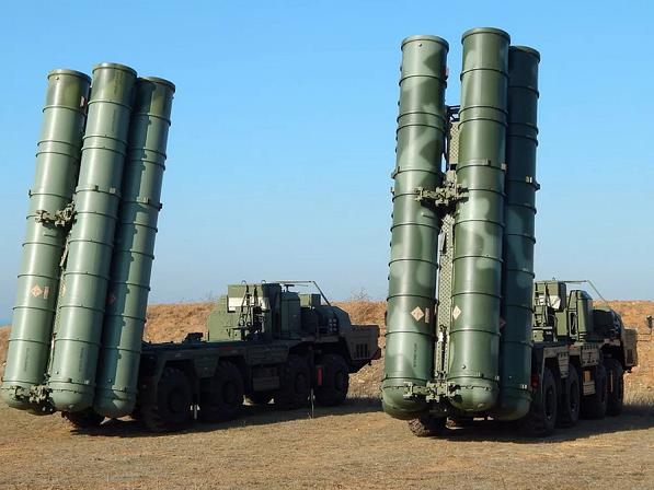 La Turquie envisage l'achat d'autres missiles S-400