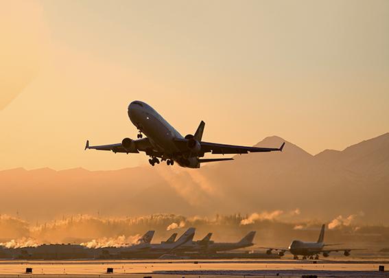 Le transport aérien mondial devrait encore perdre 47,7 Md$ en 2021