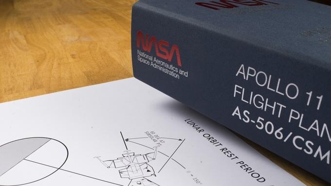 Réédition du Final Flight Manual d'Apollo 11