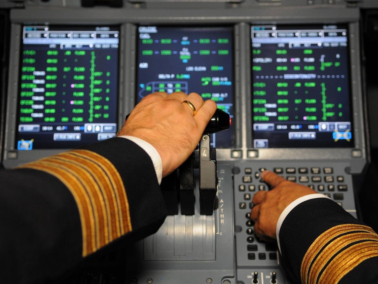 Cockpit: Lufthansa passe à son tour à la «règle des deux» (MAJ)