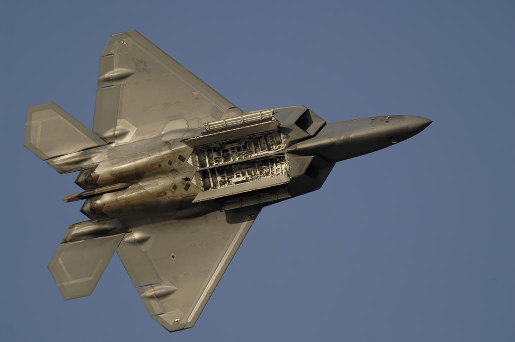 Baptême du feu pour le F-22